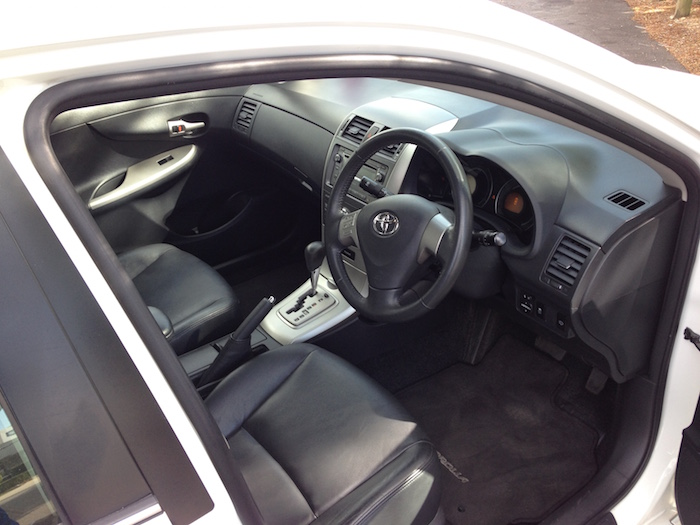 2009 Toyota Corolla Ultima Sedan Auto White Brisbane